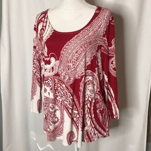 Chico's Size 3 Paisley T-shirt High Lo Hem
